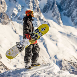 Volcom Outerwear at Skirack